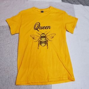 Queen bee t-shirt canary yellow